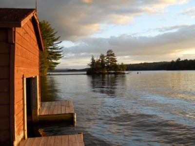 WATER ACCESS HOUSEKEEPING CABINS