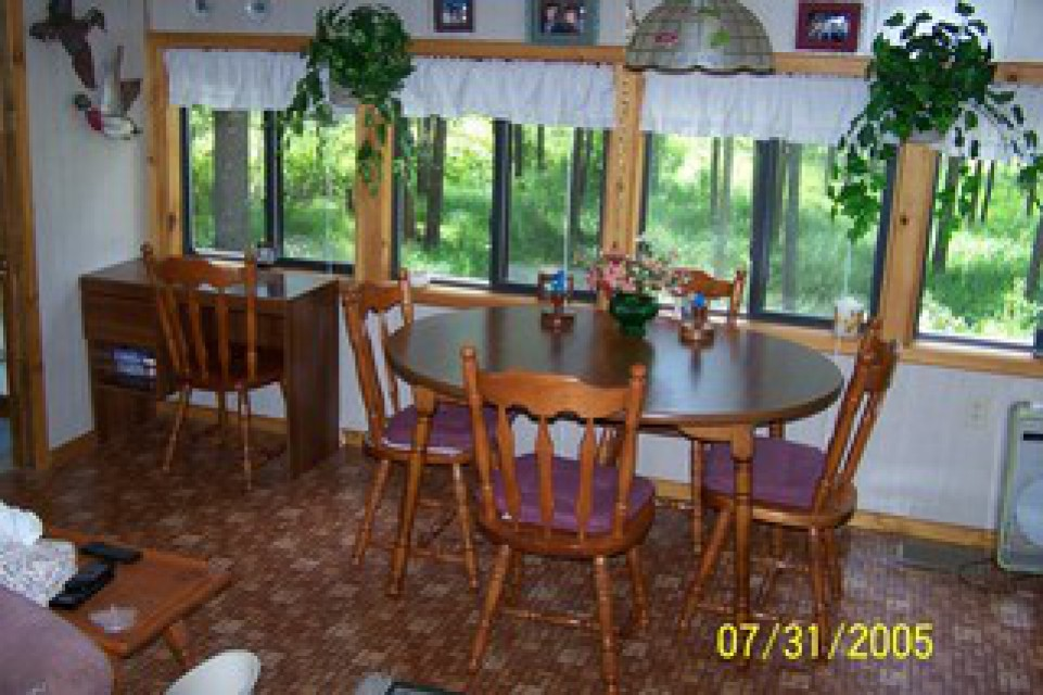 Wind Song's dining room