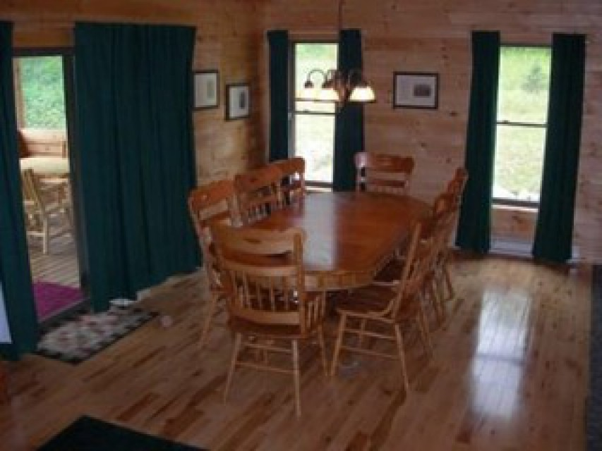 Dining room w/ seating for eight