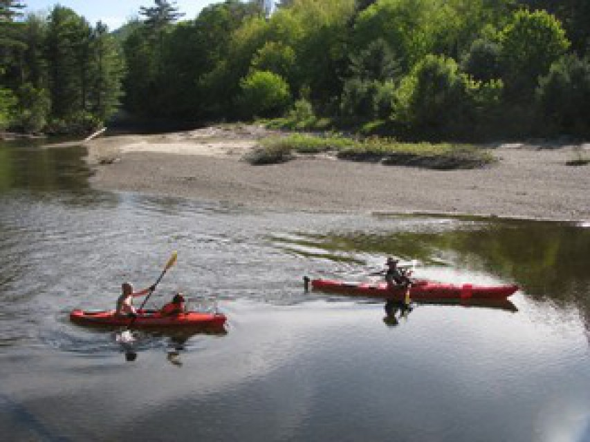 Kayak rentals available at Medcalf Acres