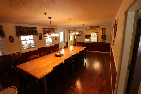 Dining Room (Farm Table Seats Up To 14)