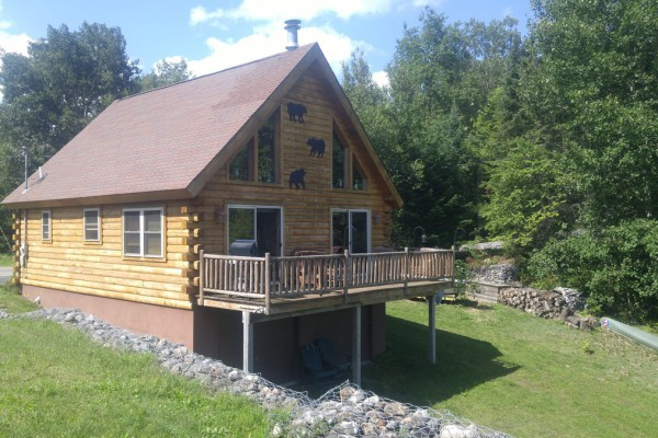Lake end of cabin