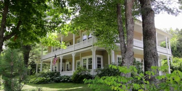 HISTORIC ALL SEASON HOME PERFECT FOR LARGE GROUPS