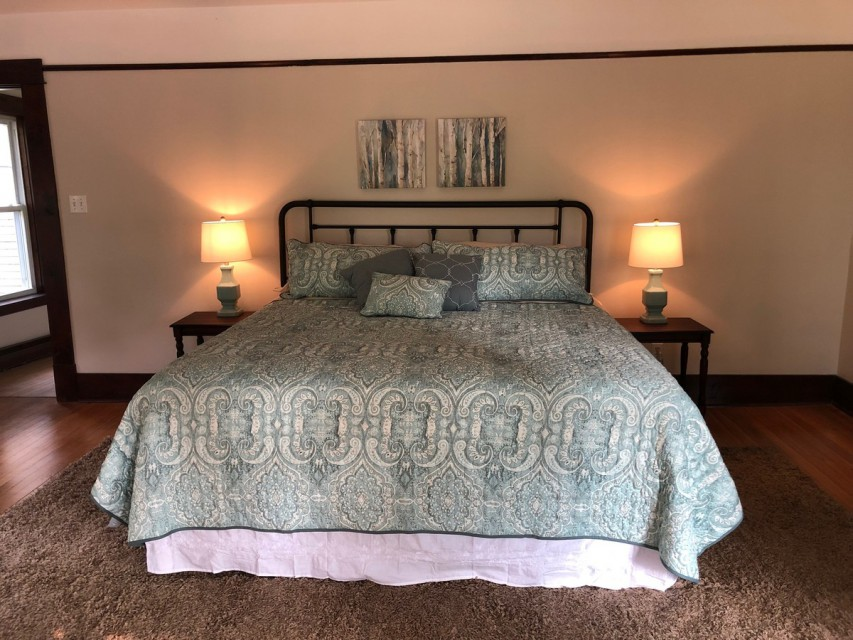 All new beds in 2019, large rooms, king bed
