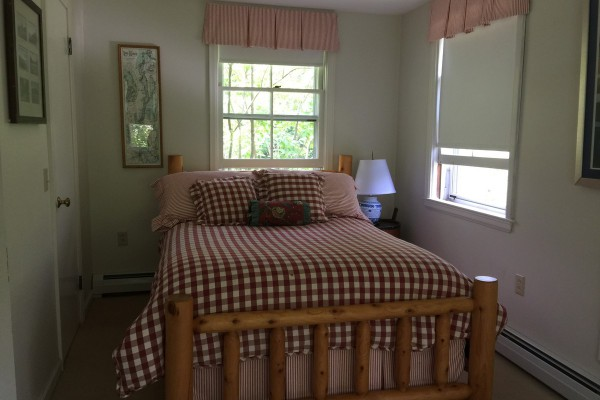 One of smaller rooms (Guest Cottage)