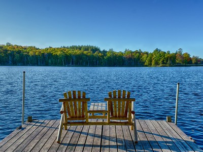 NEW LAKEFRONT VACATION HOME ON LAKE ABANAKEE