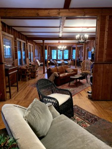 RUSTIC, CHARMING, SPACIOUS, CLASSIC ADK LODGE