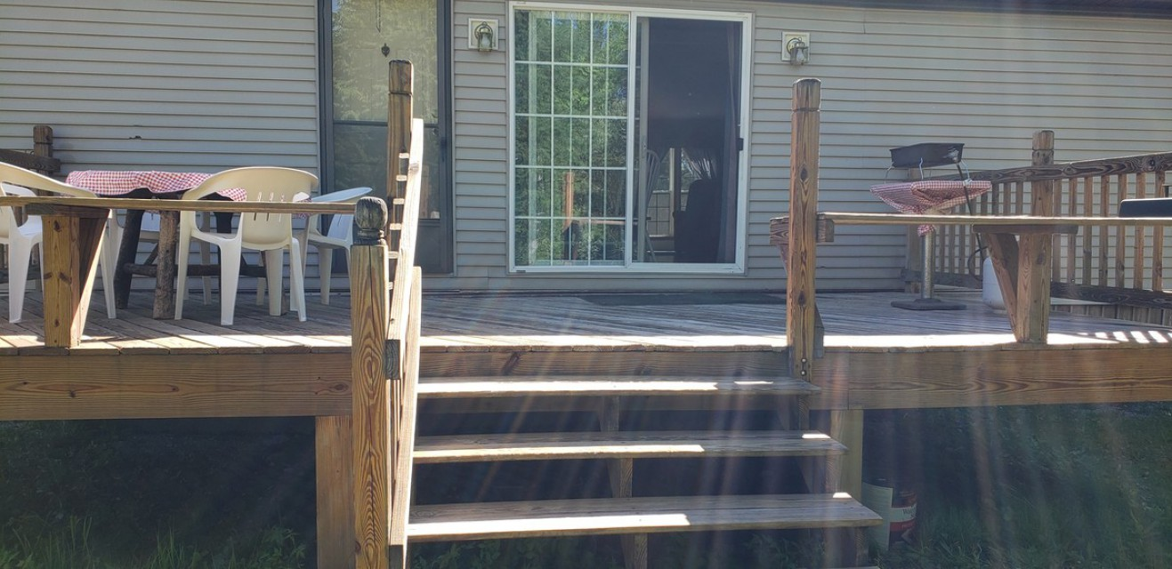 Back Deck with table and cooker