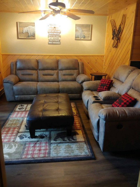 Living room with reclining sofa and loveseat