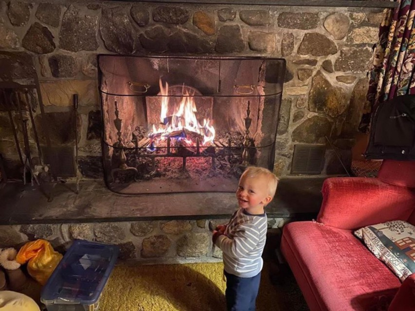 """""""Look, Mommy!  I make fire one match!!!"""""""