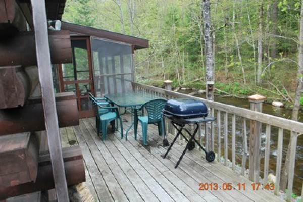 Deck of main cabin