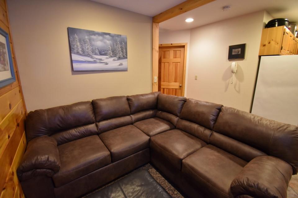 Living room in main cabin #2