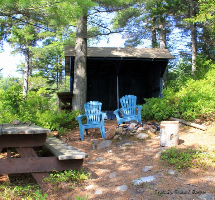Lean-to Island - canoe/swim dock -trail to Main House