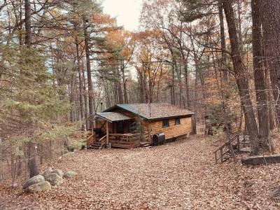 THE REINDEER MOUNTAIN HOUSE