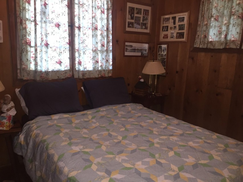 Back Bedroom @ Shyrewood Cabin, II.