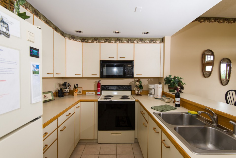 Our very functional kitchen, with everything you need!