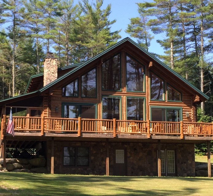 LAKEFRONT LOG CHALET, Crystal Lake (VR5764) | Adirondack