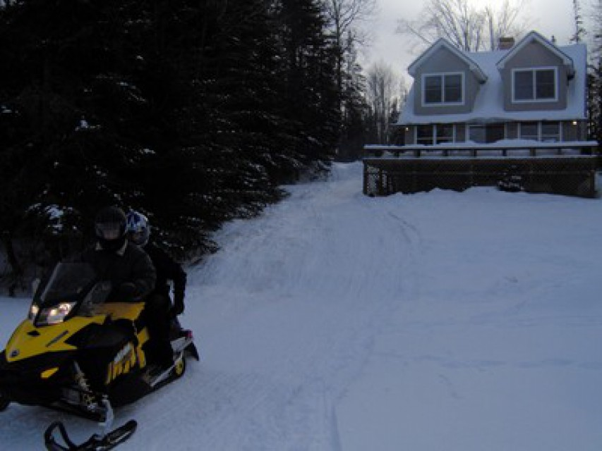 Easy snowmobile access to Adirondack Trail System