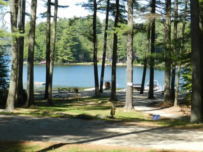 Lovely private association East beach on Loon Lake