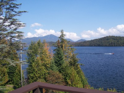 STUNNING 3 BEDROOM CONDO OVER LOOKING LAKE PLACID!