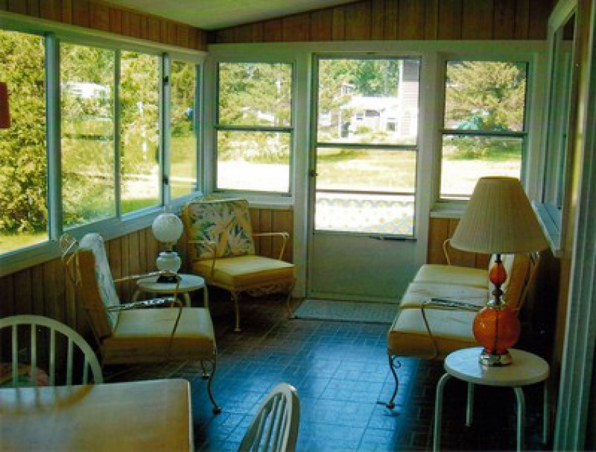 Other part of enclosed porch