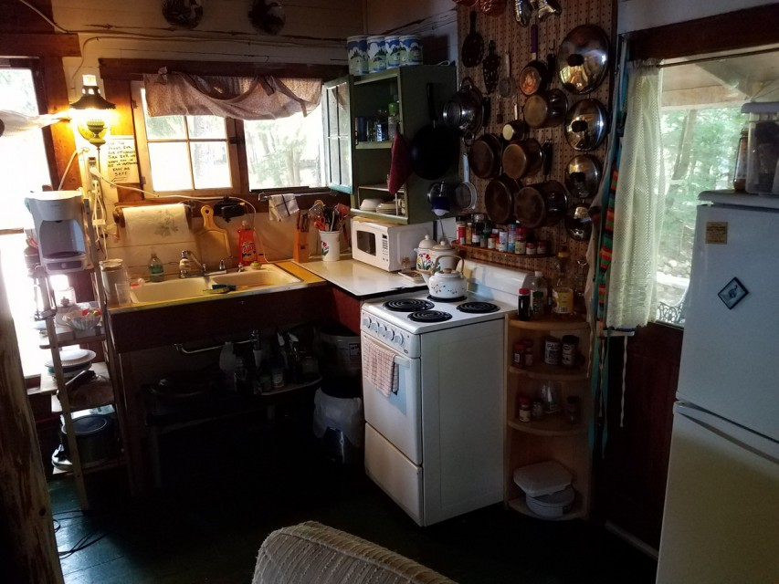 Full housekeeping with all kitchen utensils