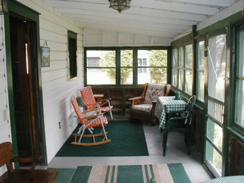 Sherwood's screened porch - enjoy the view!