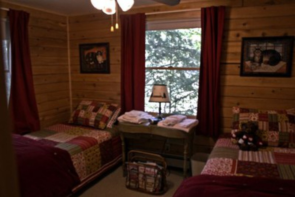 Main Floor - Twin Beds