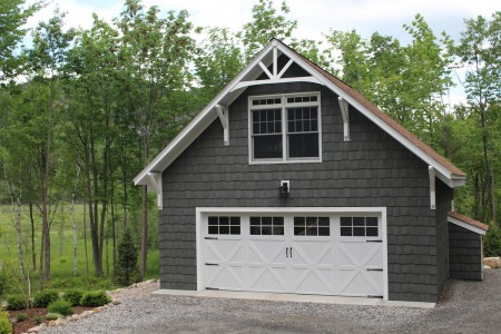 LUXURY RENTAL WITH HOT TUB,  2 MIN FROM WHITEFACE