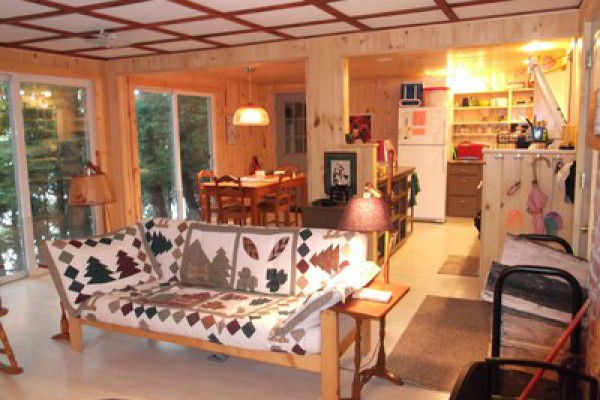 Great room of main cabin - View 1