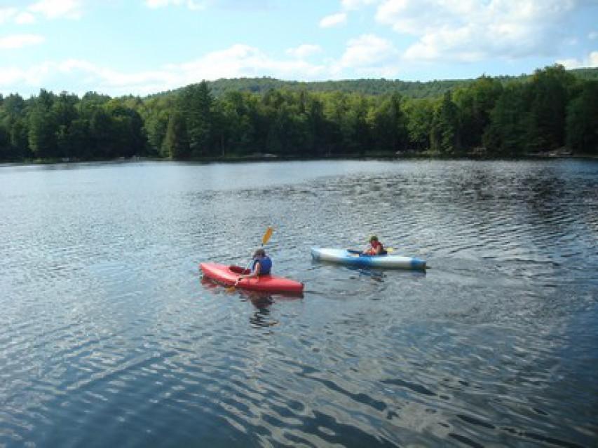 Kayaking on beautiful Minerva Lake