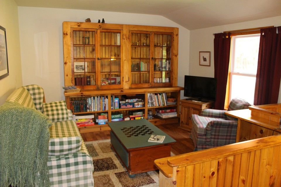 Library/sitting room upstairs