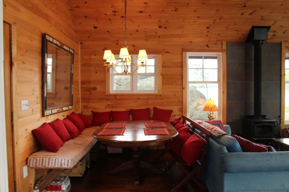 Main cabin dining area seats 8 at table