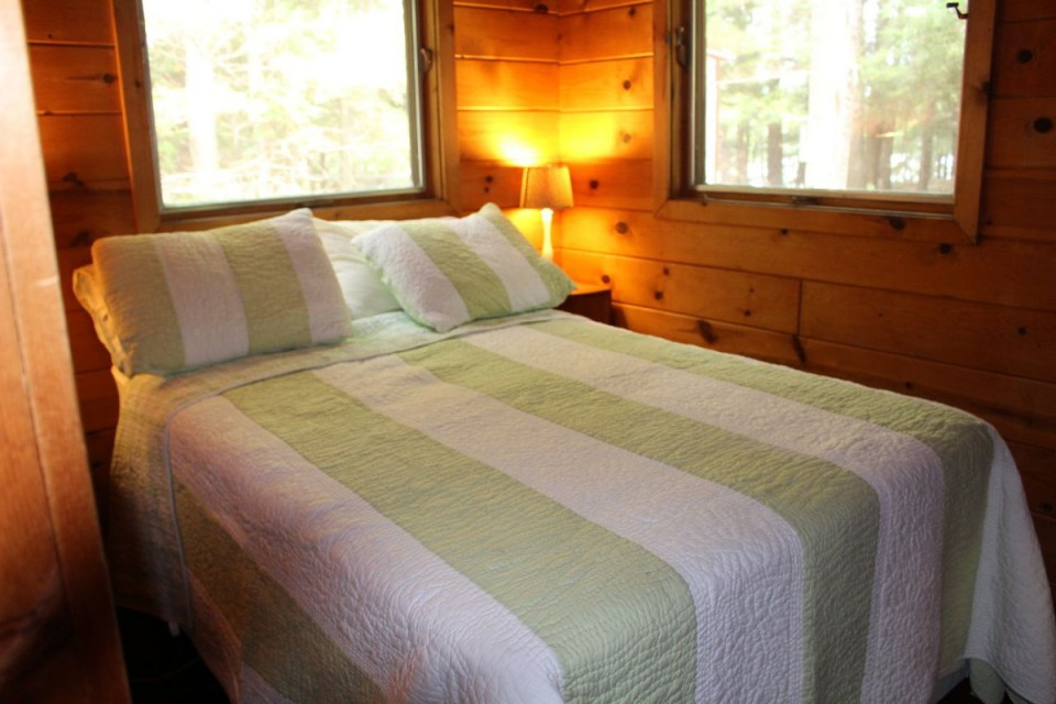3rd bedroom in large bunk cabin, 1 double bed