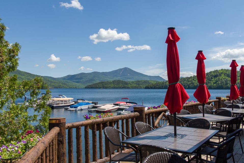 The Moose Lodge restaurant, dine on the water!