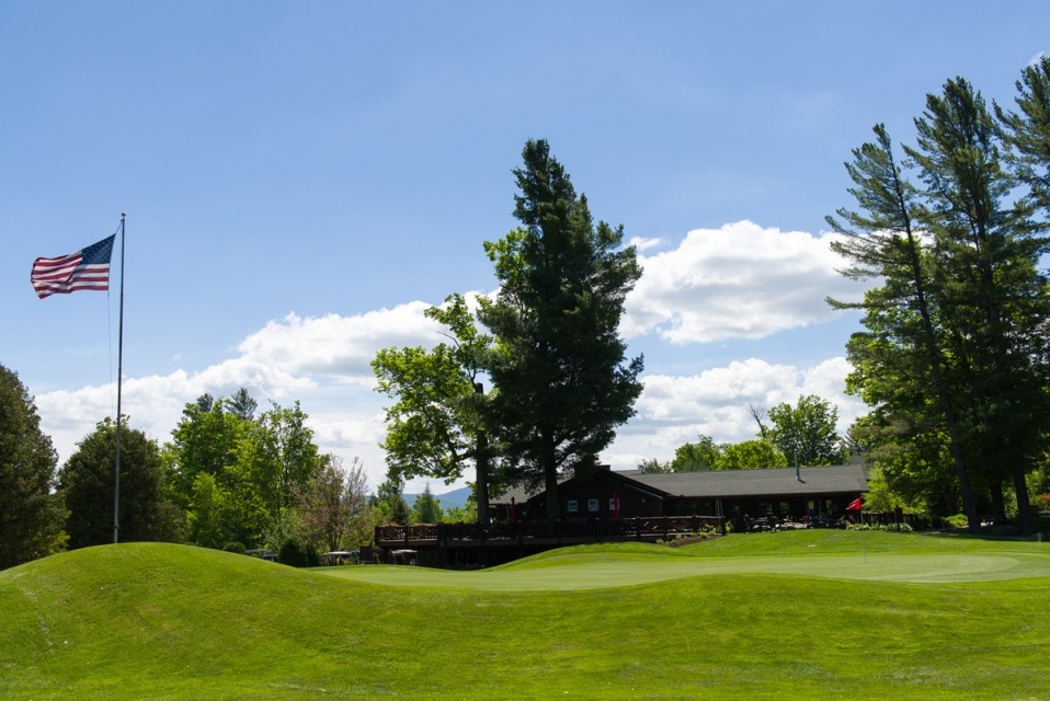 The 18th green with the clubhouse in the background...