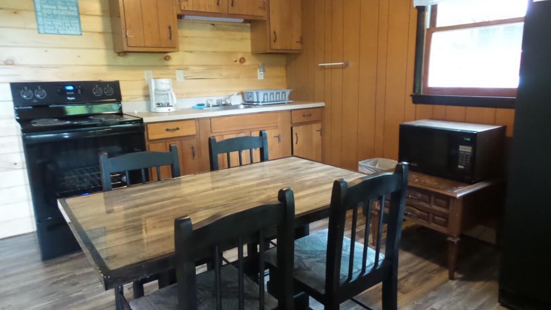 #6 Lakeview - Kitchen
