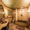 The Royal Bedroom luxurious bathroom.