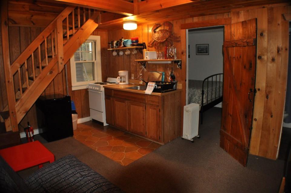 cottage 7 living area