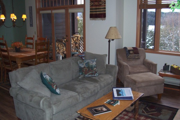 Our very cozy living room area, note the great view!