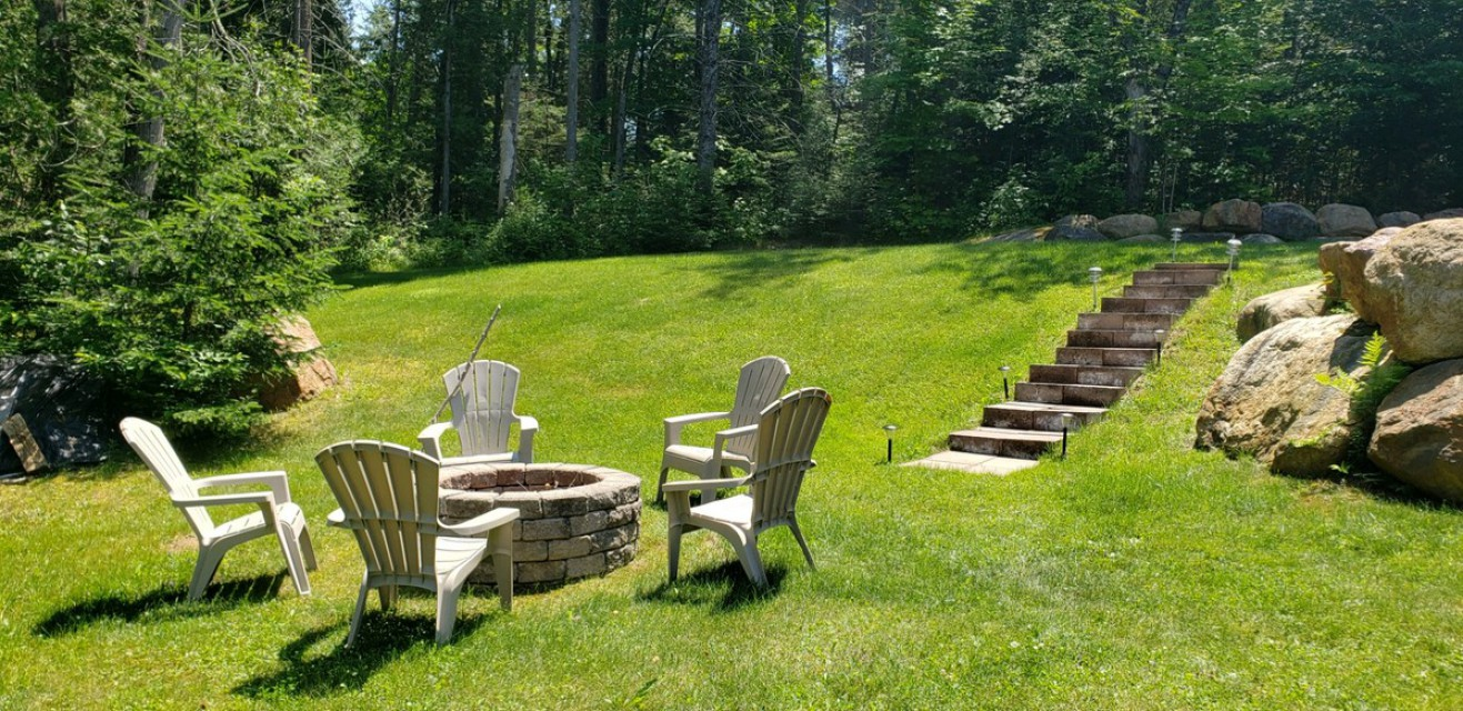 Fire pit with stone staircase